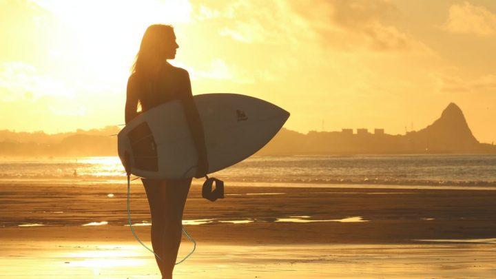 9 meilleures destinations pour le surf dans le monde entier